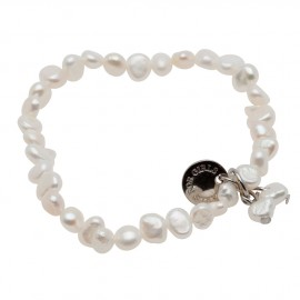 Julianna Bracelet in White Pearls