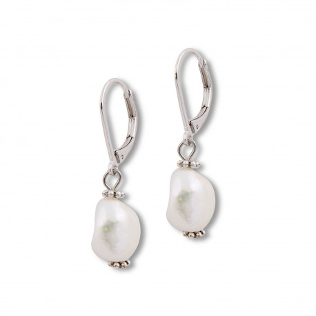 Teresa Earring in Pearl and Silver